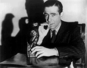 Bogart dans le Faucon Maltais