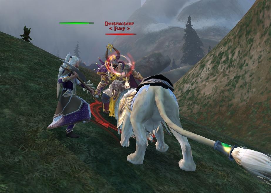Maraudeur contre Lion blanc