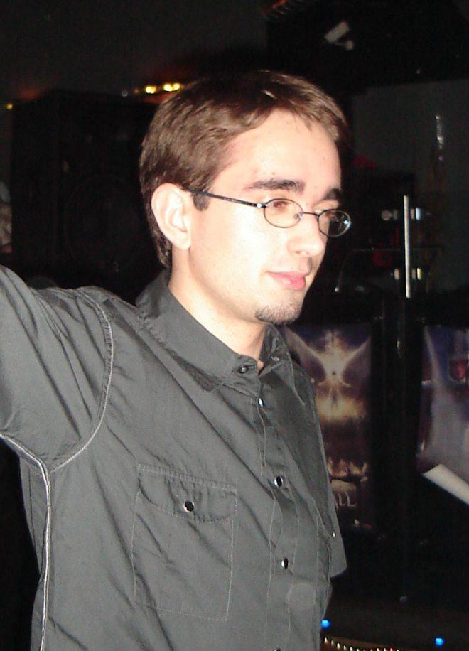 http://medias.jeuxonline.info/upload/war/Site/Darwyn/julien.jpg